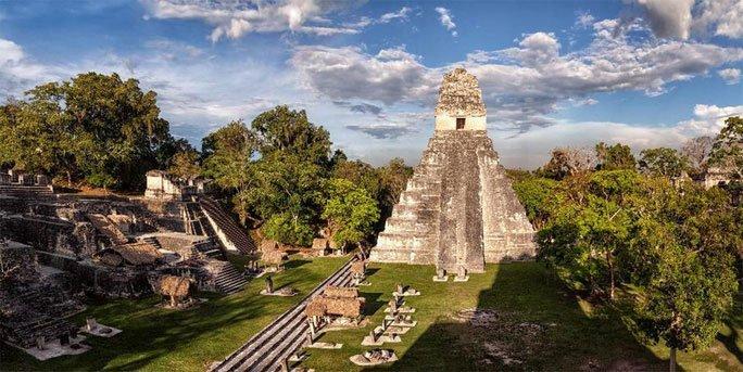 """""""Ma dược"""" trong mộ cổ Nữ Hoàng Đỏ khiến người Maya biến mất? - Ảnh 1."""