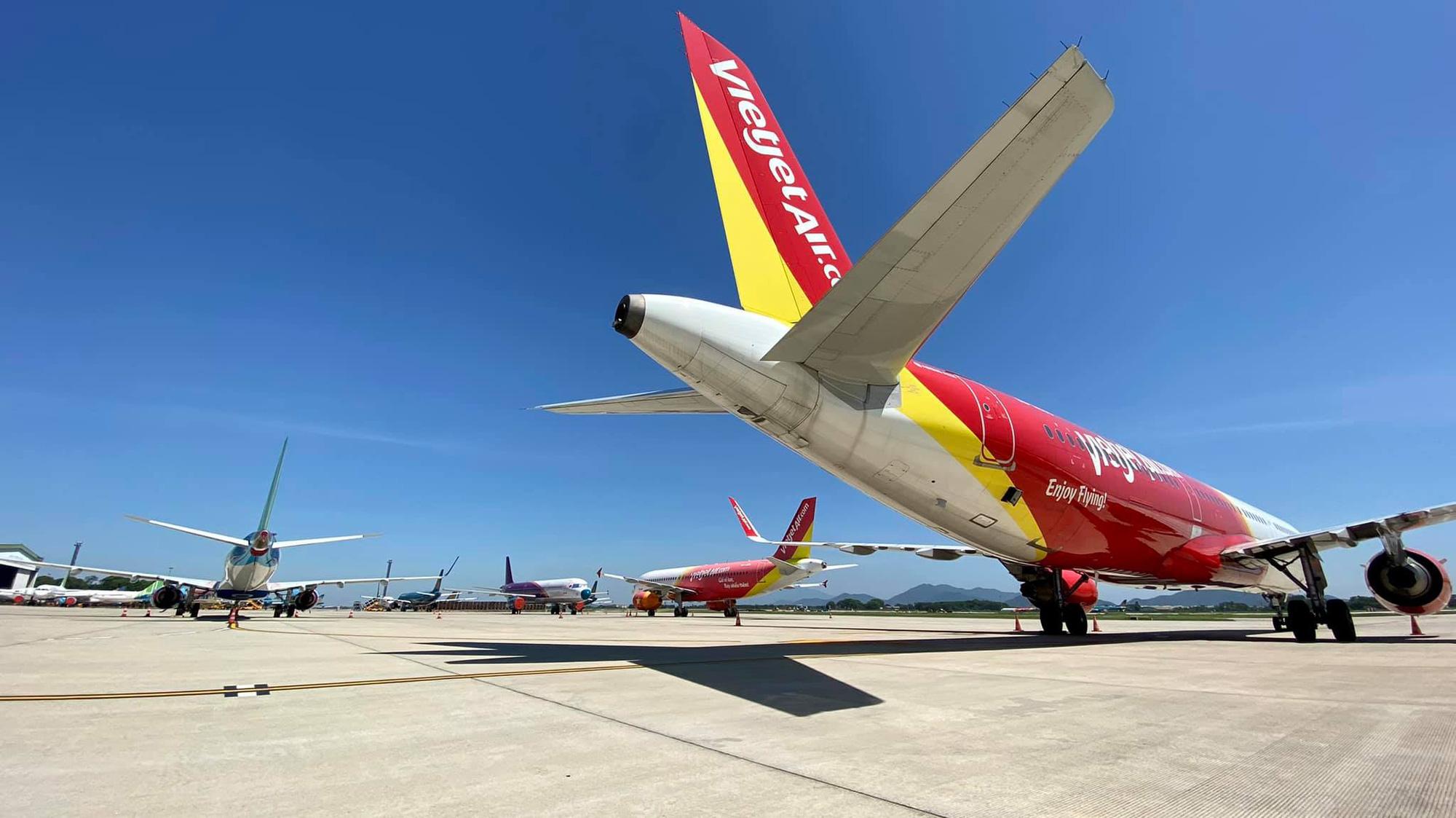 """Mở lại đường bay quốc tế """"cứu"""" hàng không, máy bay cất cánh - Ảnh 2."""