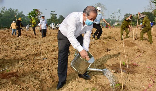 Chủ tịch TT-Huế viết tâm thư cảm ơn người dân nhân kết thúc nhiệm kỳ - Ảnh 3.