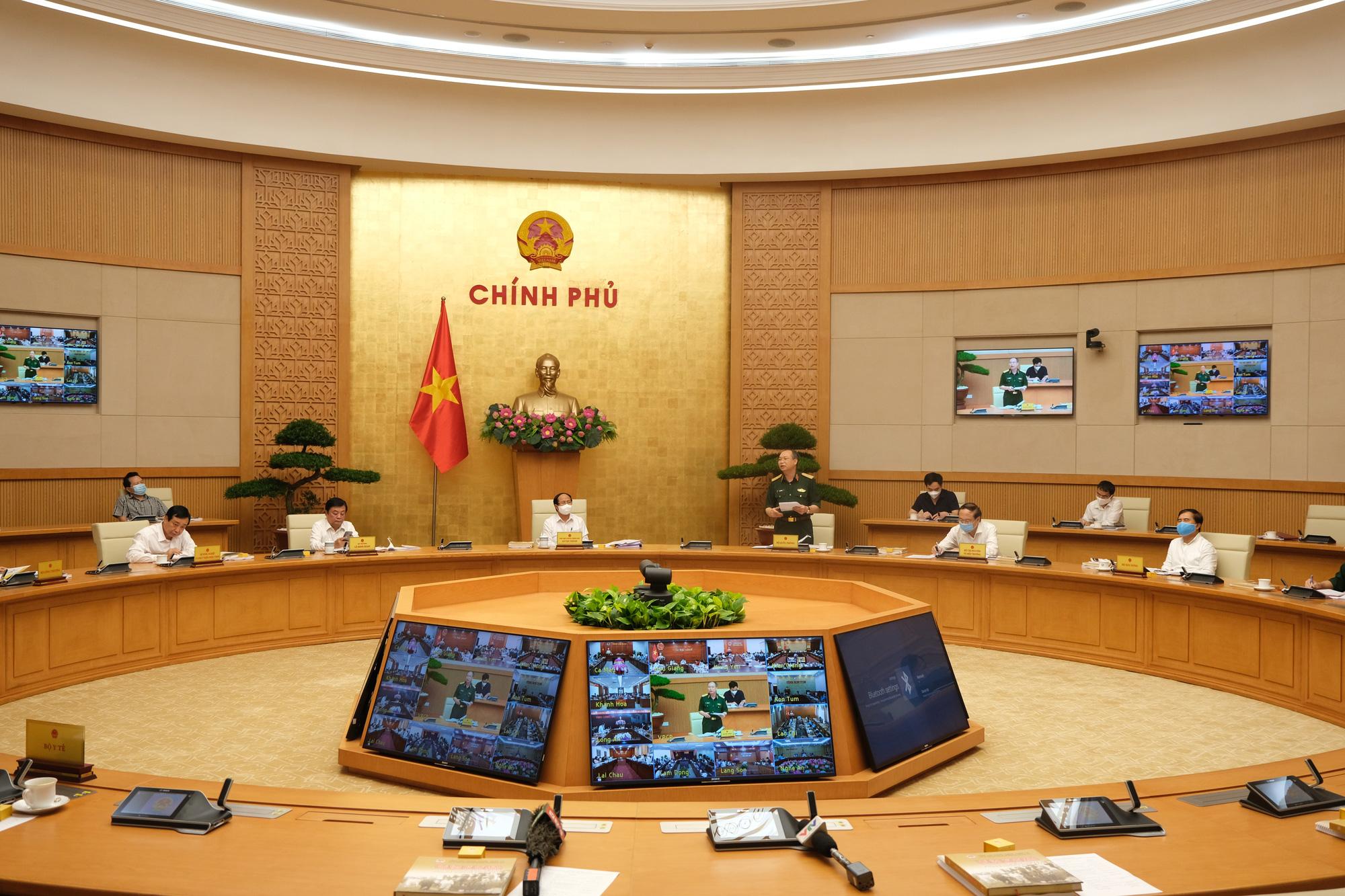 Phó Thủ tướng Lê Văn Thành: Lấy sự an toàn của người dân làm thước cho kết quả của phòng chống thiên tai - Ảnh 1.