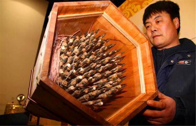 Bí thuật của 40 khẩu súng máy trong mộ cổ 1700 năm khiến giới chuyên gia phải thốt lên: 'Khổng Minh quả đúng vị thần' - Ảnh 6.