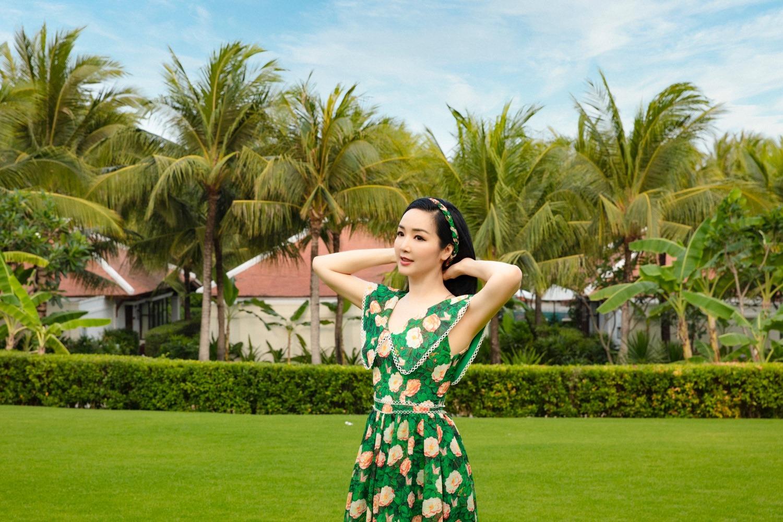 Hồ Ngọc Hà táo bạo diện váy xẻ sâu, Quỳnh Nga dẫn đầu top sao mặc đẹp tuần qua - Ảnh 7.
