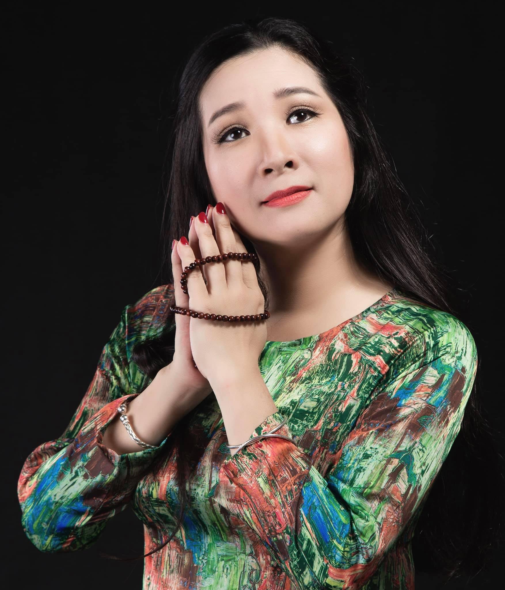 Đông đảo nghệ sĩ gửi lời chúc mừng sinh nhật lần thứ 11 của báo Dân Việt - Ảnh 1.