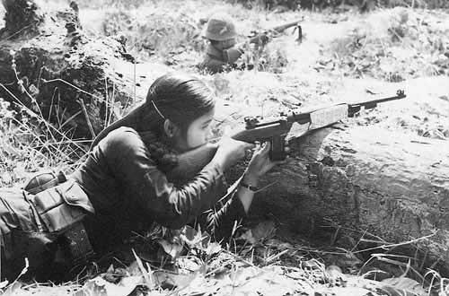 Vũ khí cá nhân của chiến sĩ Giải phóng quân trước khi có AK-47 - Ảnh 5.