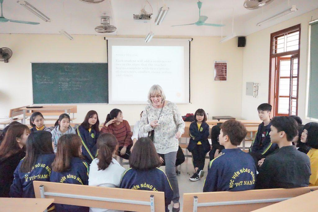 Học ngành Ngôn ngữ Anh – Sẵn sàng cho thời đại hội nhập 4.0 - Ảnh 2.