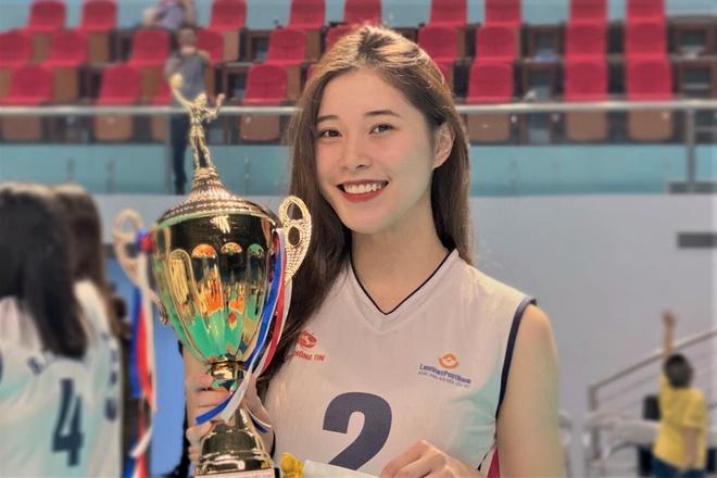 4 chuyền hai tuyệt sắc của bóng chuyền nữ Việt Nam: Đủ sức thi hoa hậu - Ảnh 1.