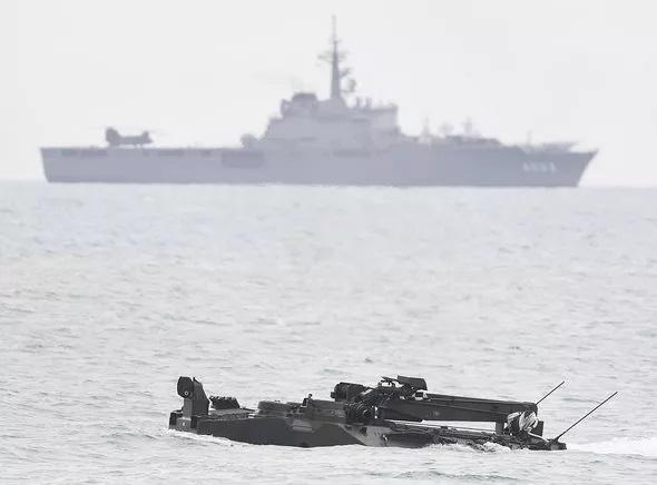Tàu gián điệp Trung Quốc bị phát hiện lén lút theo dõi Australia tập trận với Mỹ - Ảnh 1.