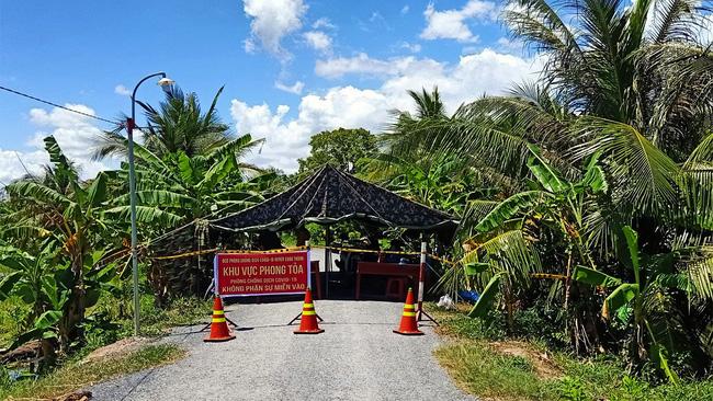 Trà Vinh: Khởi tố vụ án làm lây lan dịch Covid-19 tại huyện Cầu Ngang - Ảnh 2.