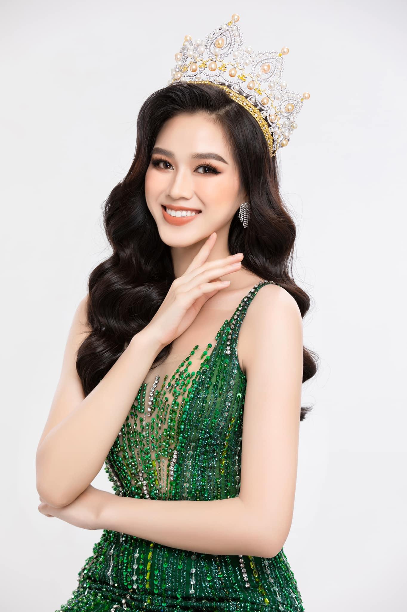 Hé lộ 5 mẫu thiết kế đầm dạ hội của Hoa Hậu Đỗ Thị Hà trong Chung kết Miss World 2021 - Ảnh 5.