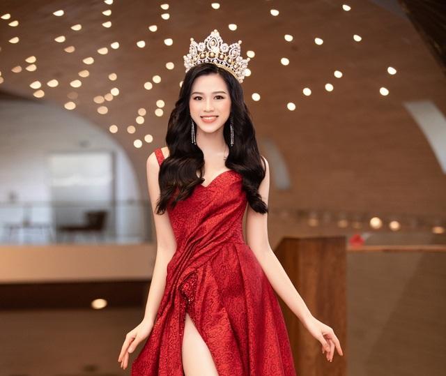 Hé lộ 5 mẫu thiết kế đầm dạ hội của Hoa Hậu Đỗ Thị Hà trong Chung kết Miss World 2021 - Ảnh 1.