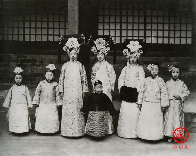 Phi tần kém sắc dám ly hôn hoàng đế Trung Quốc, cuối đời túng quẫn phải bán hàng rong kiếm sống - Ảnh 8.