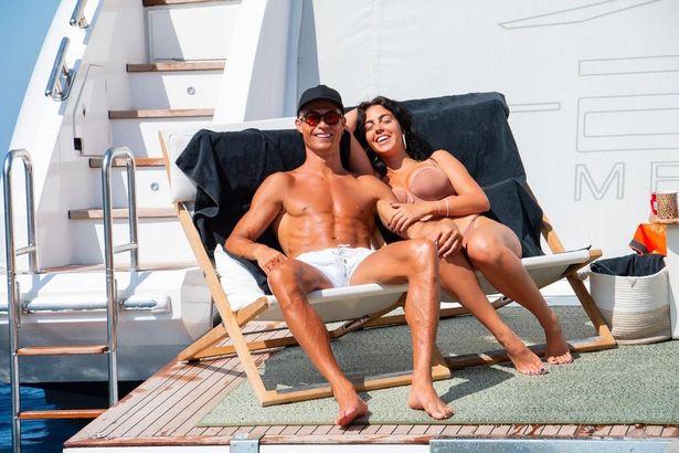 Ronaldo và bạn gái trước đó đã đi nghỉ dưỡng.