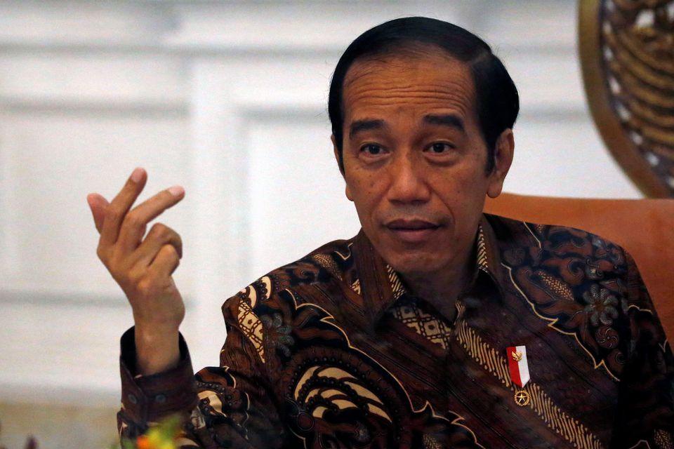 Người dân Indonesia nghĩ gì trước cách ứng phó của Tổng thống đối với đại dịch Covid-19? - Ảnh 1.