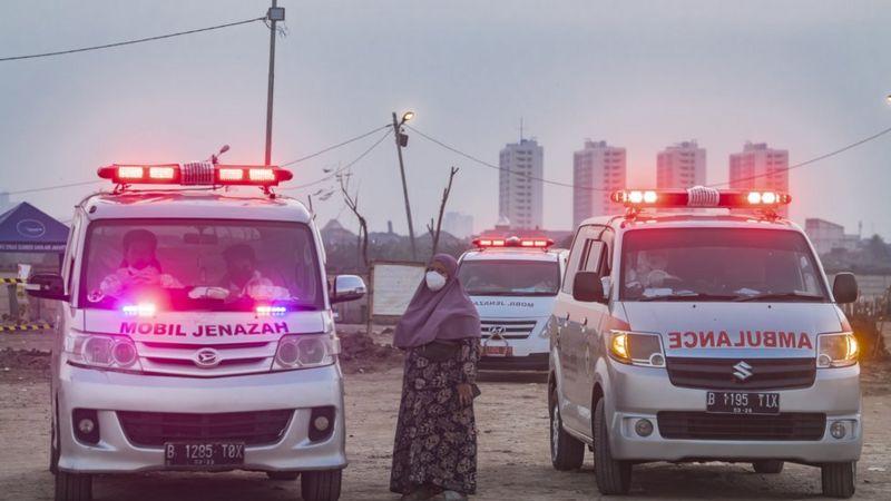 Indonesia: Khủng hoảng oxy, hàng trăm F0 tử vong khi tự cách ly - Ảnh 4.