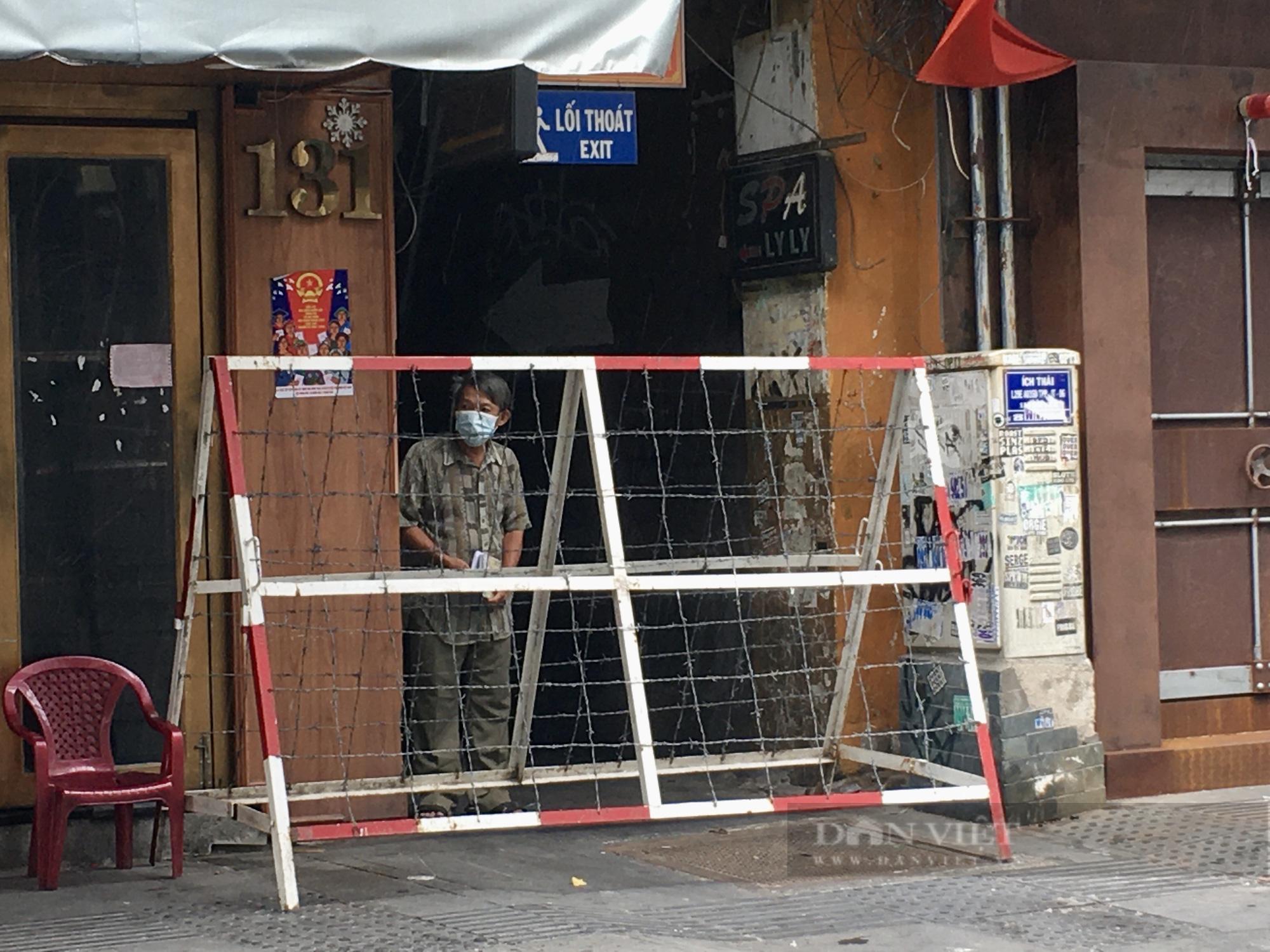 Hẻm Sài Gòn những ngày phong tỏa - Ảnh 13.