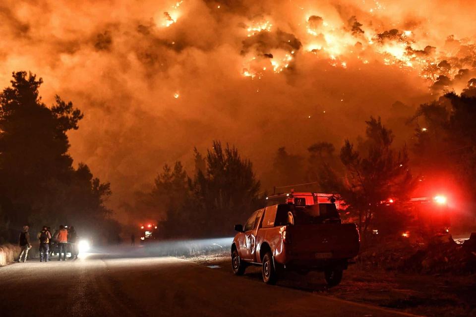 Những bức ảnh thể hiện sự khủng khiếp của biến đổi khí hậu - Ảnh 1.