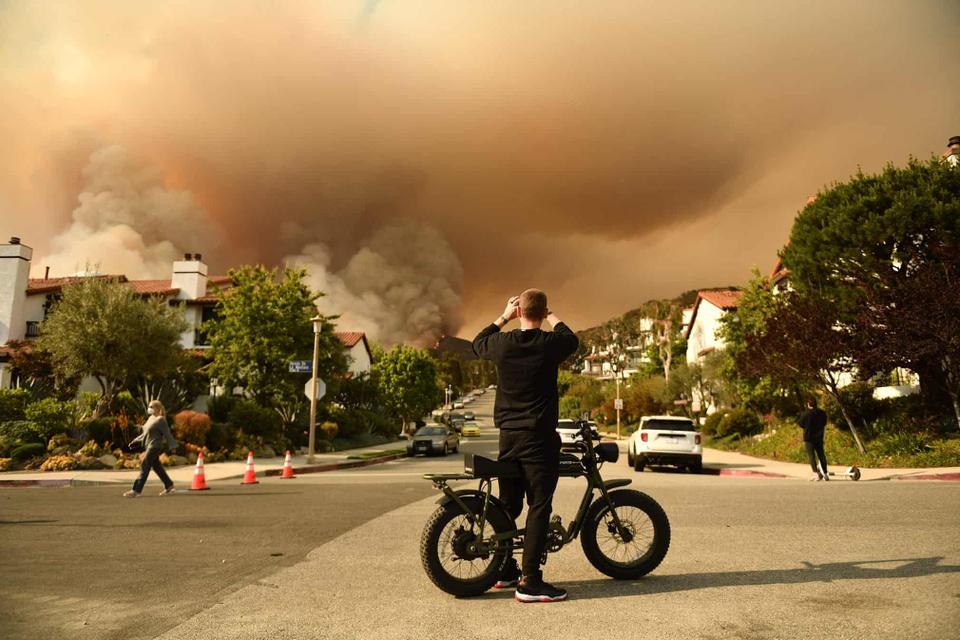 Những bức ảnh thể hiện sự khủng khiếp của biến đổi khí hậu - Ảnh 3.