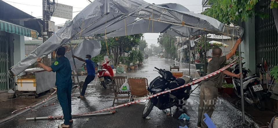 Đồng Nai: Chốt kiểm soát dịch những ngày mưa - Ảnh 1.