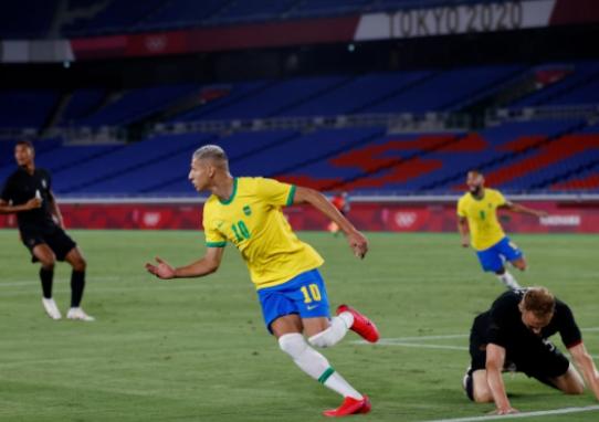 Kết quả bóng đá Olympic ngày 22/7: Richarlison tỏa sáng, Brazil đánh bại Đức - Ảnh 1.