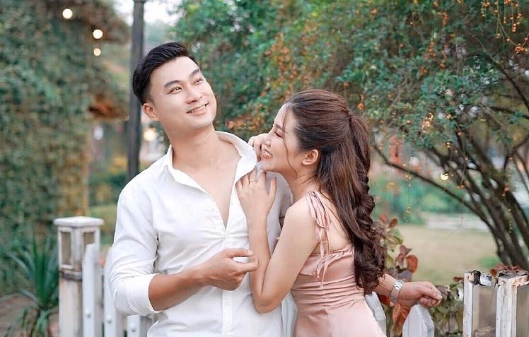 """Cuộc hôn nhân hạnh phúc ngoài đời thực của anh Đồng trong """"Mùa hoa tìm lại"""" - Ảnh 3."""