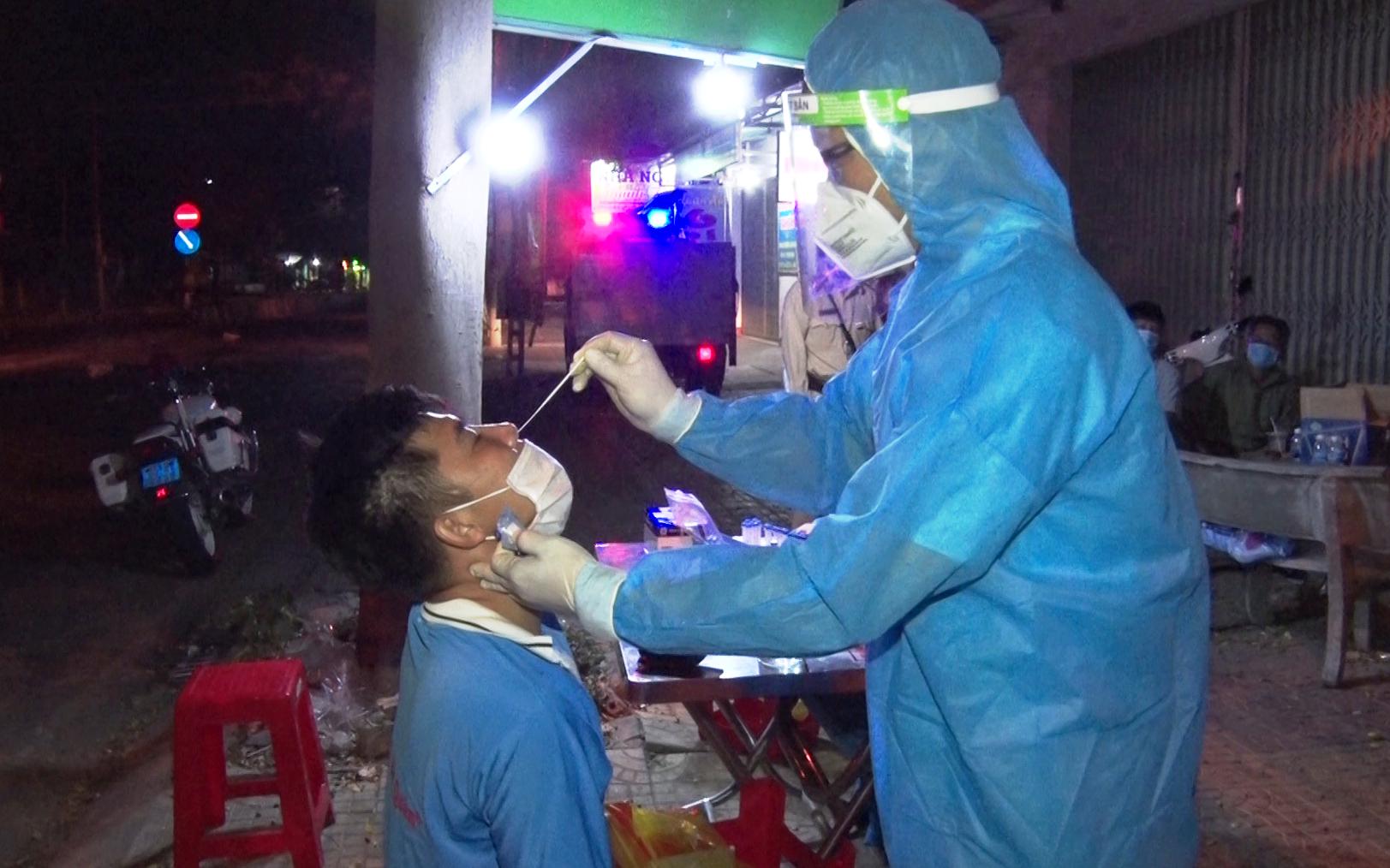 Ninh Thuận: Bệnh nhân đầu tiên tử vong do Covid-19