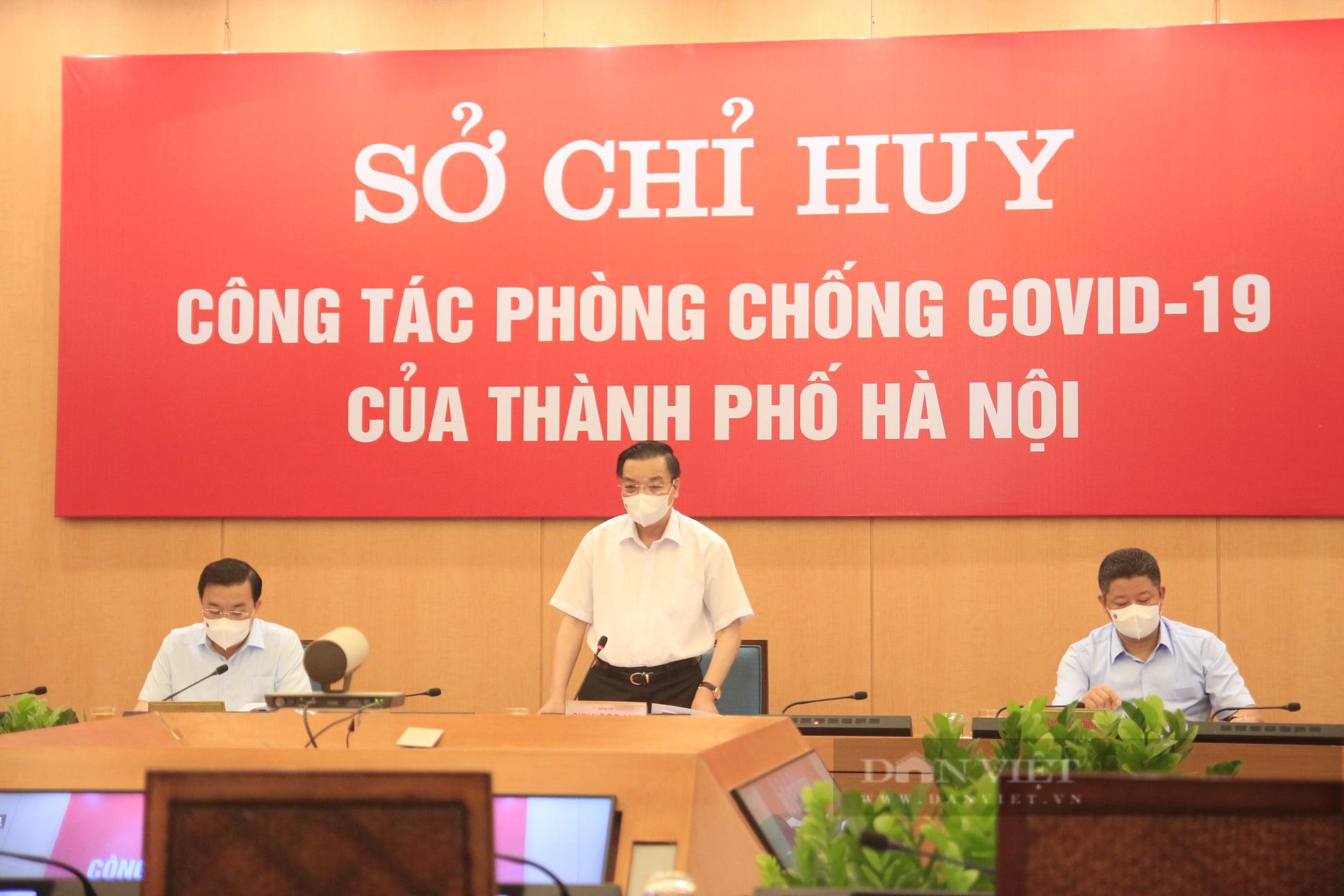 """Chủ tịch Hà Nội: """"Yêu cầu người dân không ra khỏi nhà nếu không vì mục đích thiết yếu, xử phạt nghiêm vi phạm"""" - Ảnh 1."""