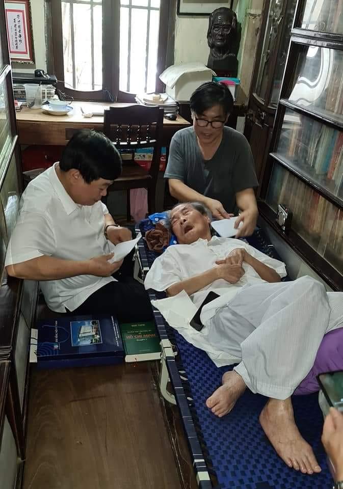 nguyen the ky 1 16270840902961265459634 Nghĩ về người vừa ra đi   nhà văn phi thường Sơn Tùng…