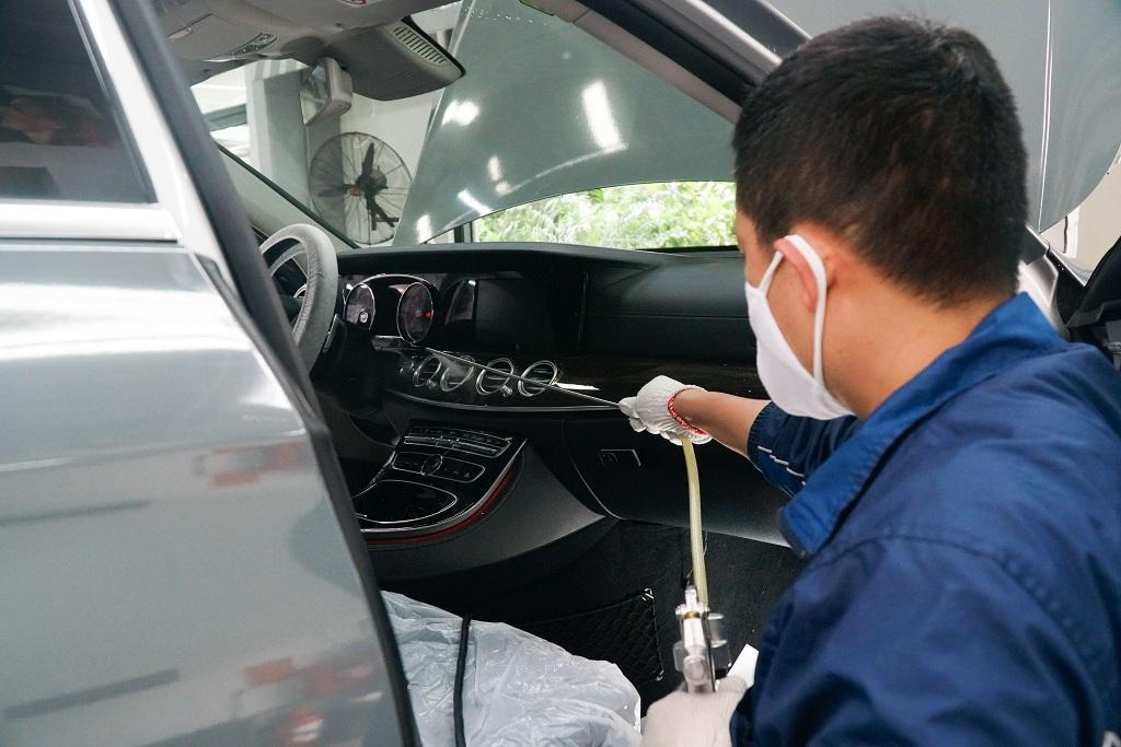 Khử trùng vệ sinh cho xe ô tô như thế nào để phòng dịch Covid - 19? - Ảnh 3.