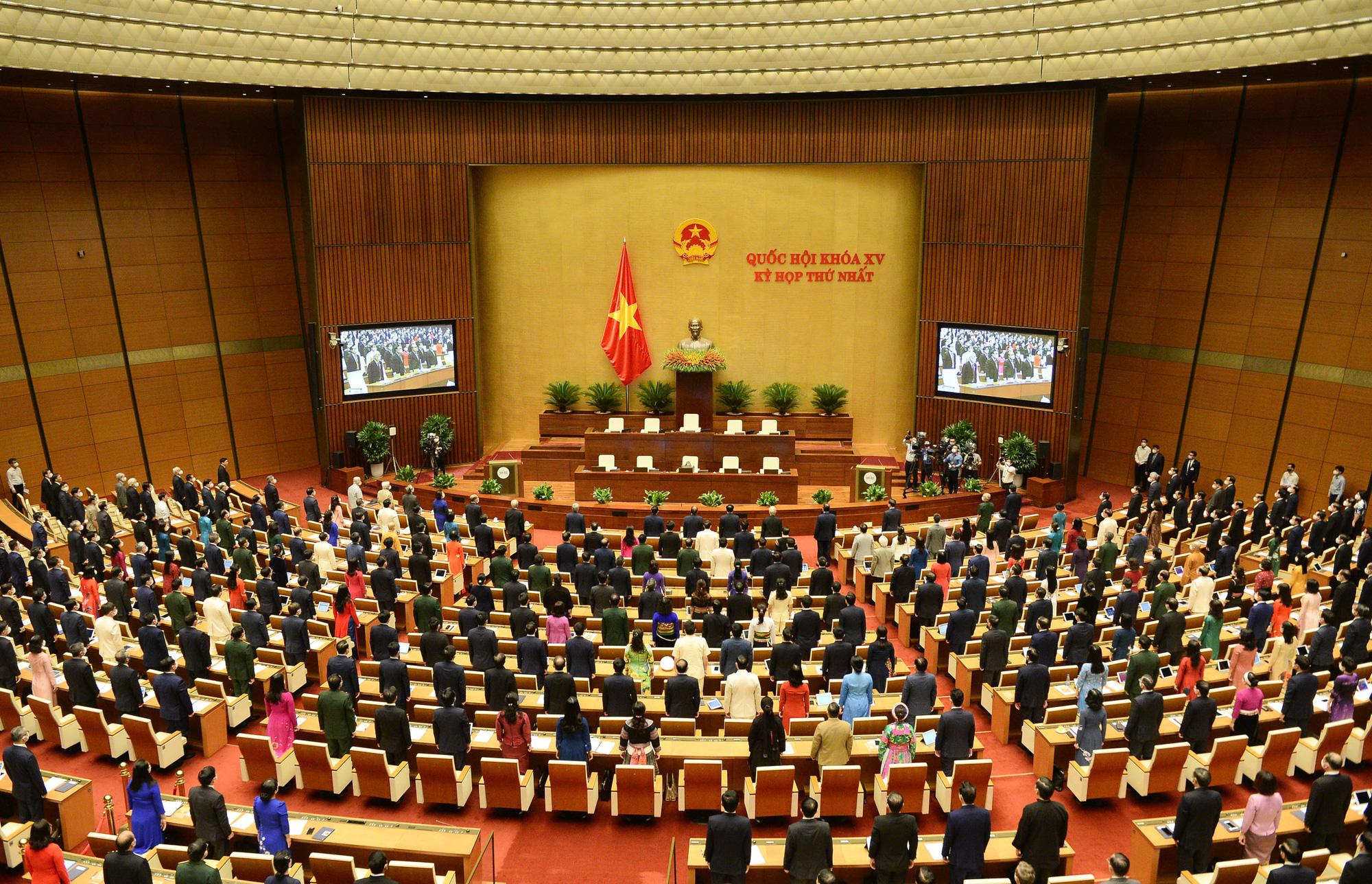 Biến cam kết thành hành động nhìn từ hai quyết định về phòng chống dịch của Chủ tịch Quốc hội Vương Đình Huệ - Ảnh 3.