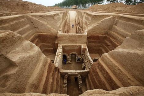Vì sao lăng mộ Lưu Bị và Tôn Quyền không được khai quật? - Ảnh 3.