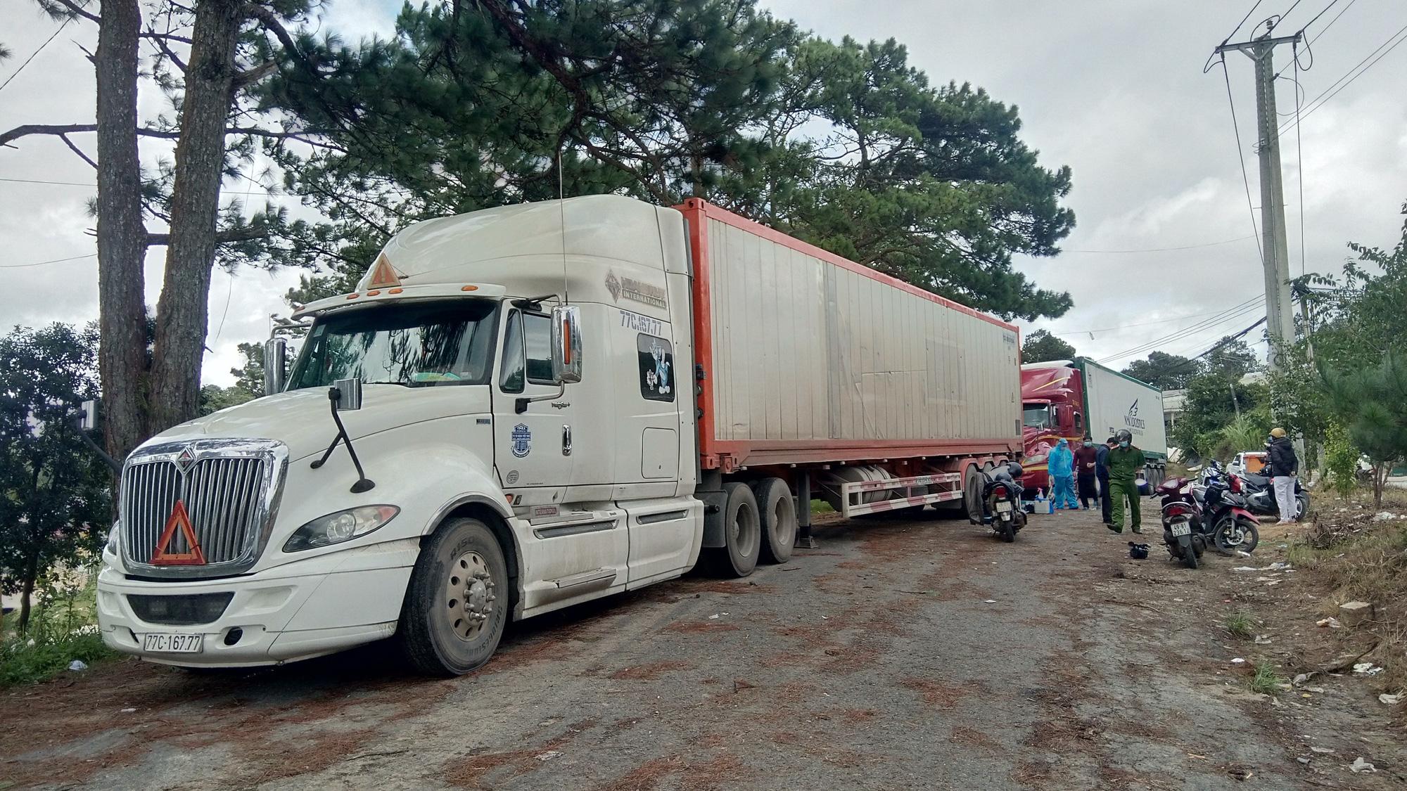 Kiểm định dư lượng thuốc BVTV đối với 29 tấn khoai tây Trung Quốc đưa vào Đà Lạt - Ảnh 2.