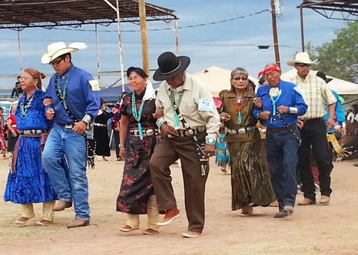 """Khách du lịch bị mê hoặc bởi bí mật của bộ lạc """"Những người nói chuyện bằng mật mã Navajo"""" nổi tiếng - Ảnh 3."""