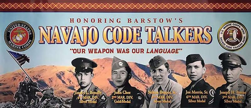 """Khách du lịch bị mê hoặc bởi bí mật của bộ lạc """"Những người nói chuyện bằng mật mã Navajo"""" nổi tiếng - Ảnh 4."""