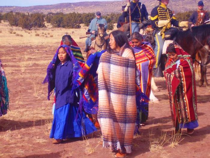 """Khách du lịch bị mê hoặc bởi bí mật của bộ lạc """"Những người nói chuyện bằng mật mã Navajo"""" nổi tiếng - Ảnh 5."""