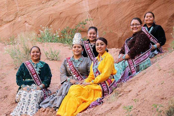 """Khách du lịch bị mê hoặc bởi bí mật của bộ lạc """"Những người nói chuyện bằng mật mã Navajo"""" nổi tiếng - Ảnh 7."""