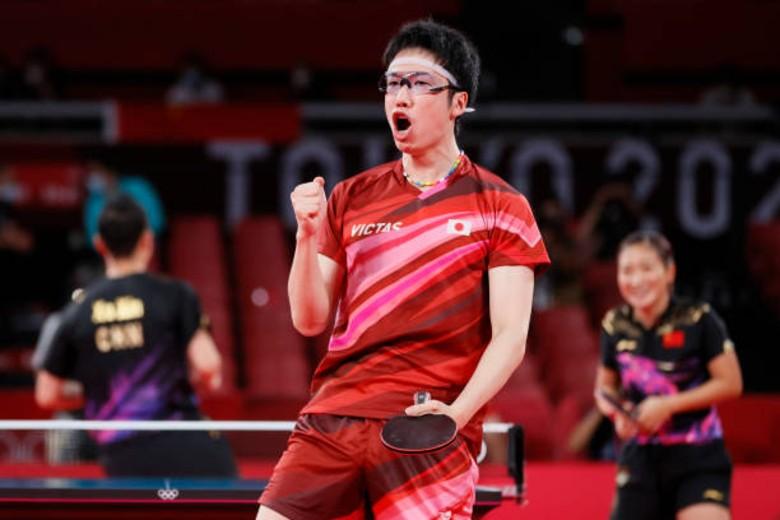Cú sốc Olympic 2020: Bóng bàn Nhật Bản ngược dòng siêu hạng trước Trung Quốc - Ảnh 1.