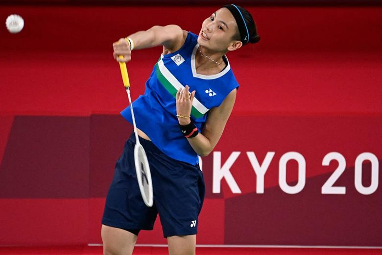 Olympic Tokyo 2020: Nguyễn Thùy Linh thua vì đối thủ sở hữu bụng 6 múi? - Ảnh 1.