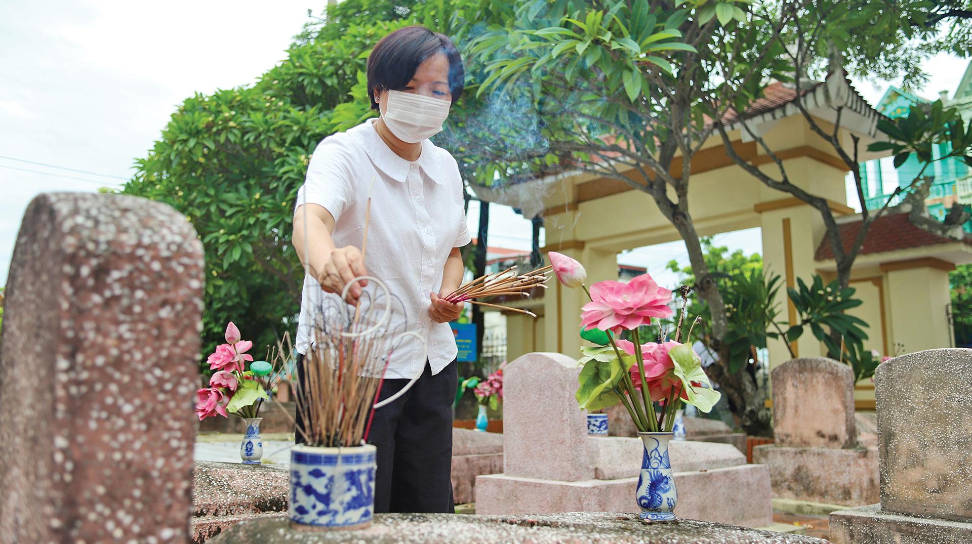 """Bà mẹ Việt Nam Anh hùng trẻ nhất nước Nguyễn Thị Anh: """"Nỗi đau mất con thời nào cũng thế"""" - Ảnh 6."""