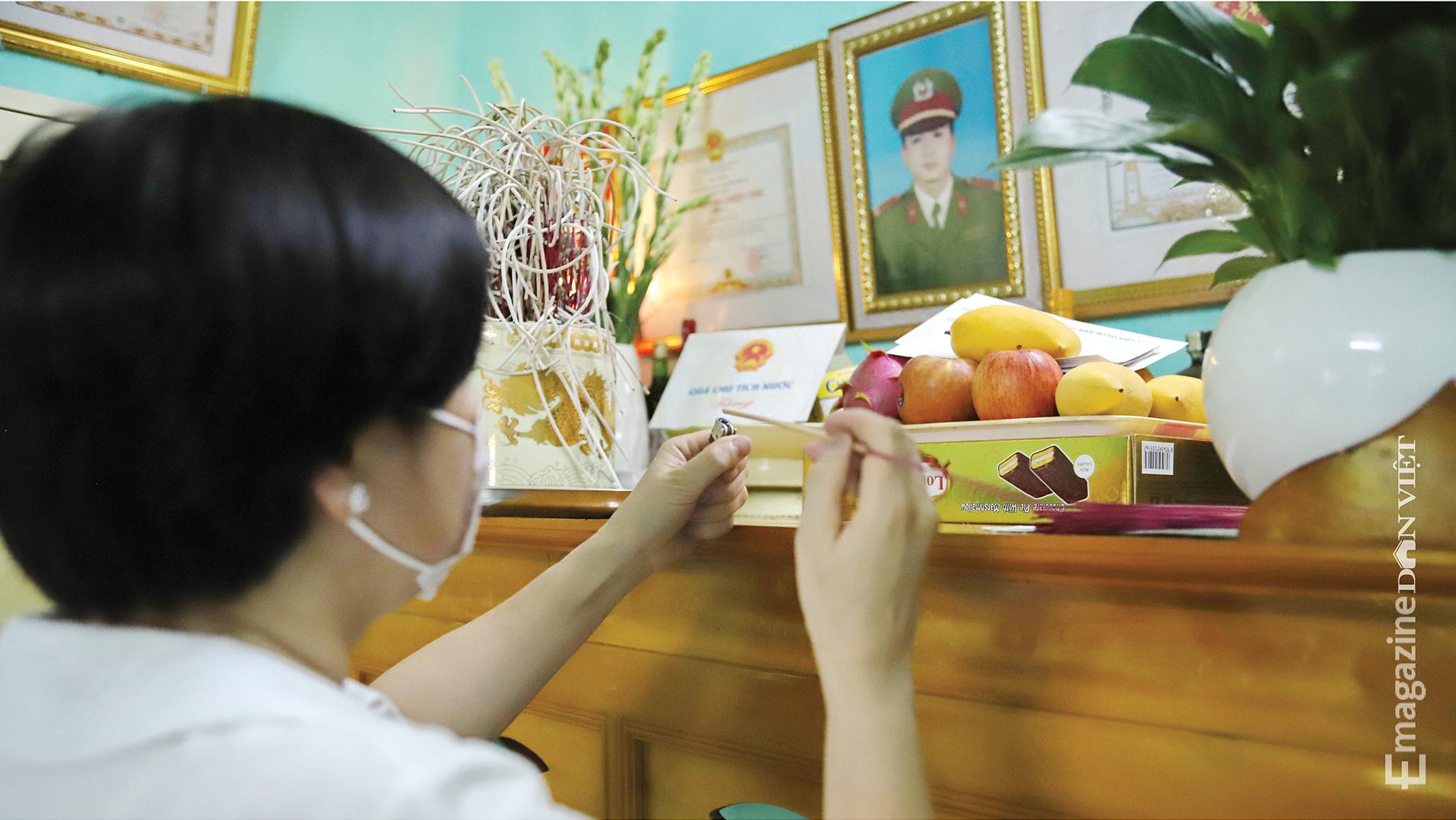"""Bà mẹ Việt Nam Anh hùng trẻ nhất nước Nguyễn Thị Anh: """"Nỗi đau mất con thời nào cũng thế"""" - Ảnh 13."""