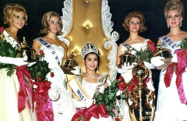 Nhan sắc vượt thời gian của Hoa hậu Hoàn vũ từng bị phản đối khi đăng quang vì… quá lùn - Ảnh 2.