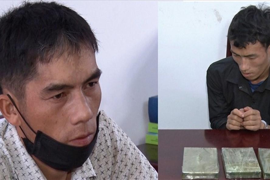 """Hai đối tượng mua bán ma túy cộm cán bị công an bắt """"nóng"""" - Ảnh 1."""