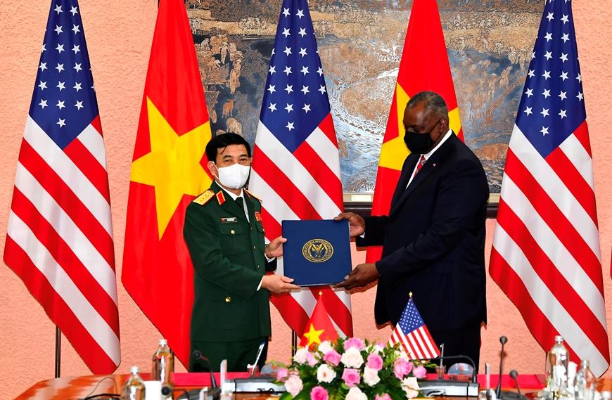 Bộ trưởng Quốc phòng Mỹ thông báo hỗ trợ Việt Nam trang thiết bị phòng chống Covid-19 - Ảnh 5.