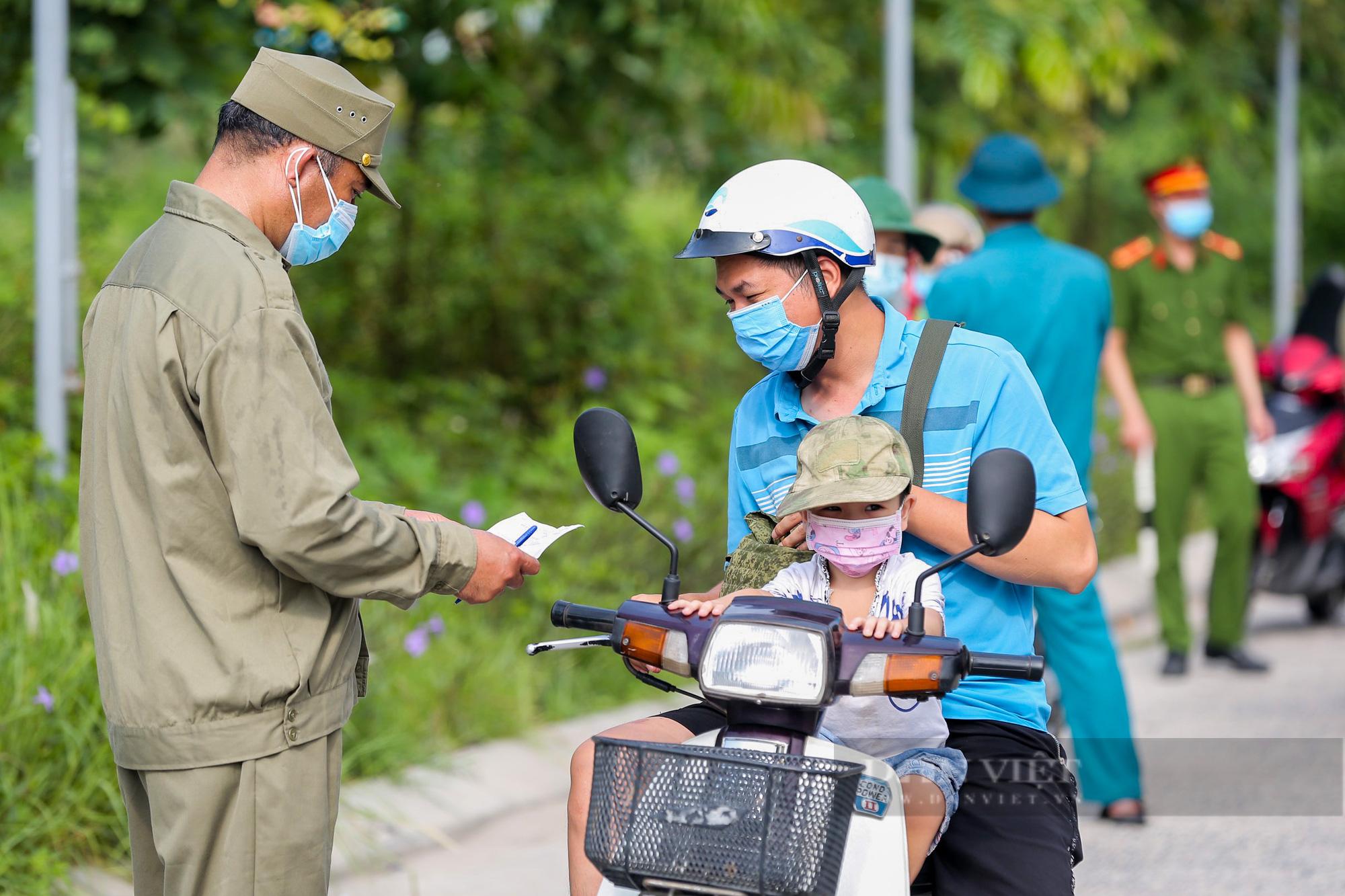 """Hà Nội: Để tránh bị phạt 3 triệu đồng khi ra đường, người dân nhất định phải """"bỏ túi"""" điều này - Ảnh 3."""