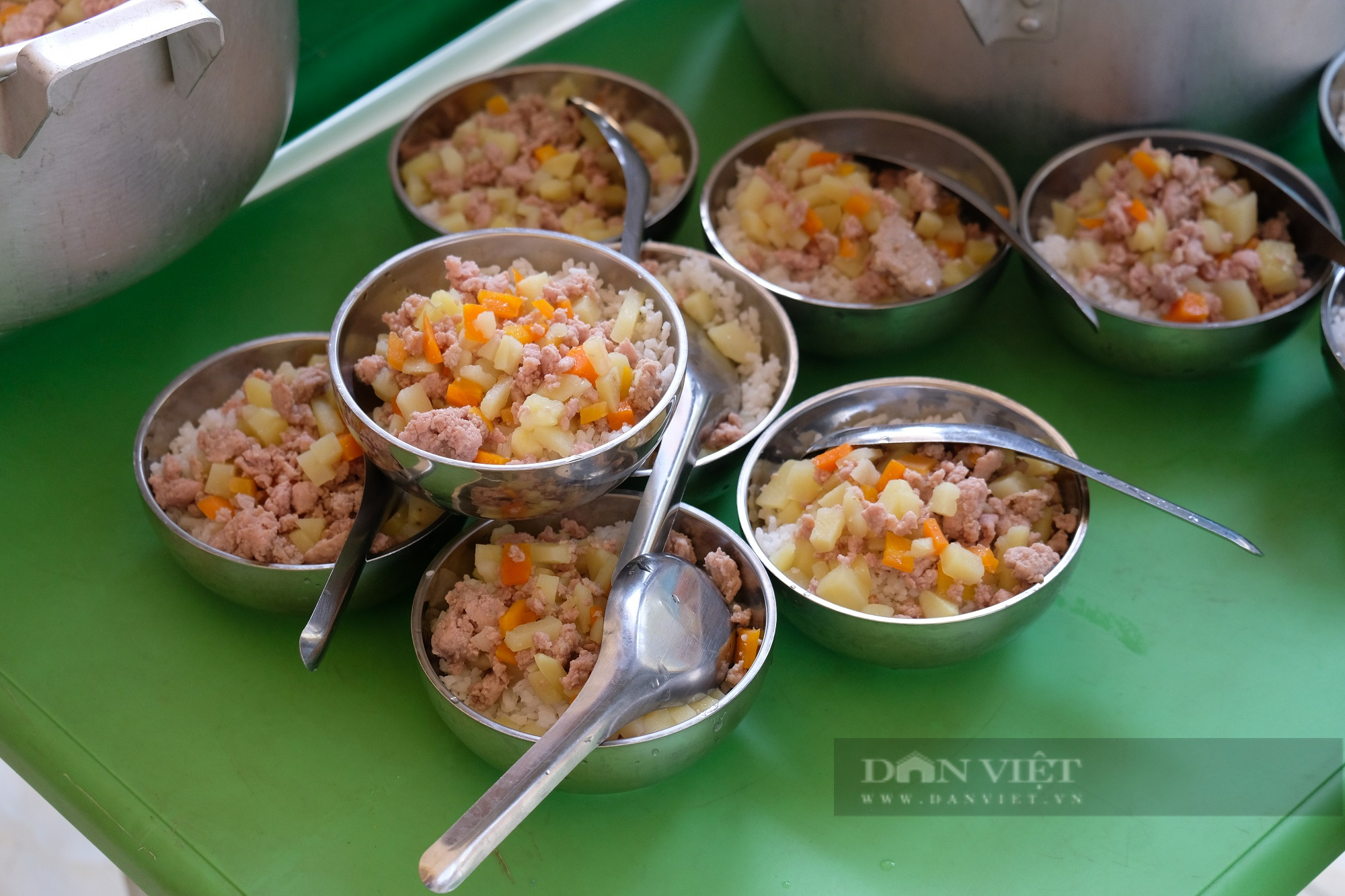 Cùng em Khôn lớn – bữa ăn bán trú nâng bước trẻ đến trường - Ảnh 5.