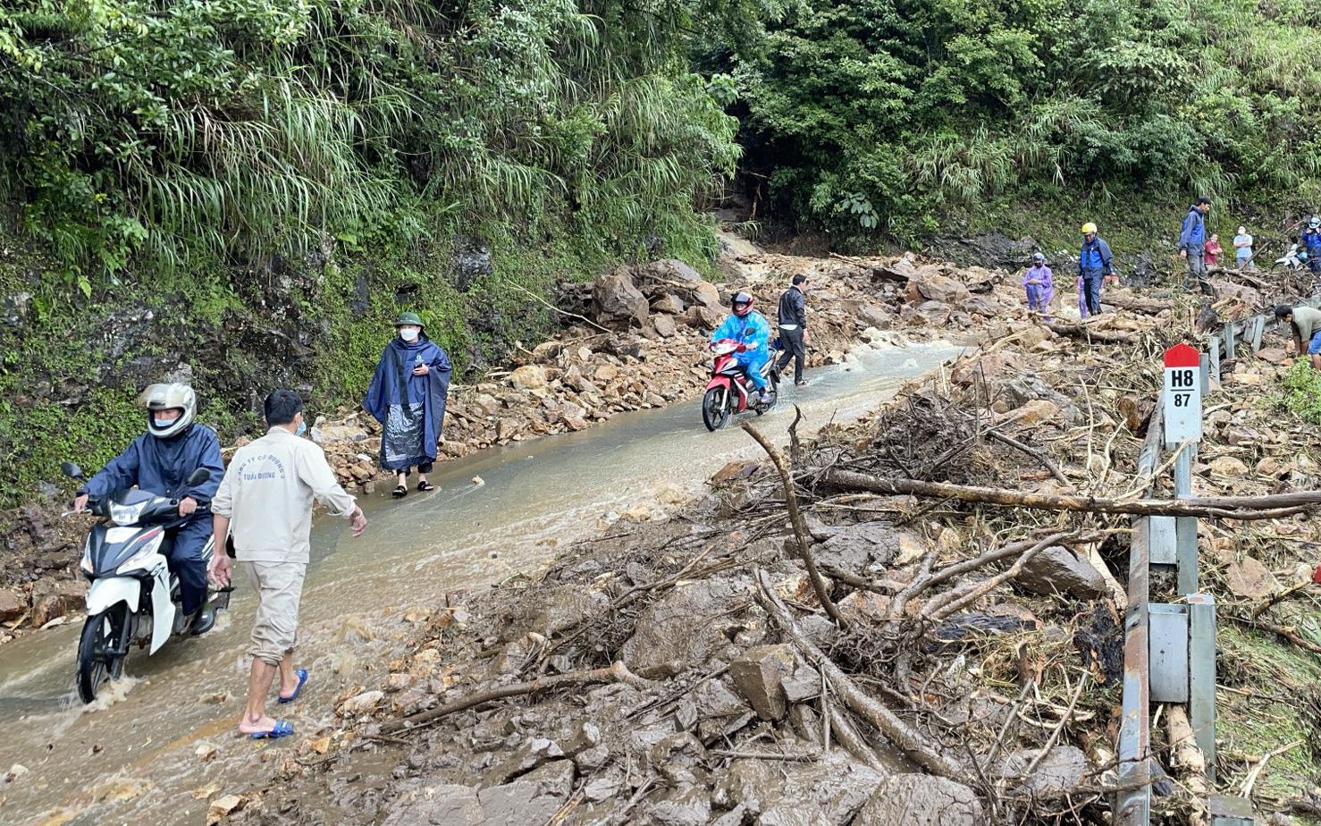 Lai Châu: Đảm bảo an toàn giao thông trong mùa mưa lũ