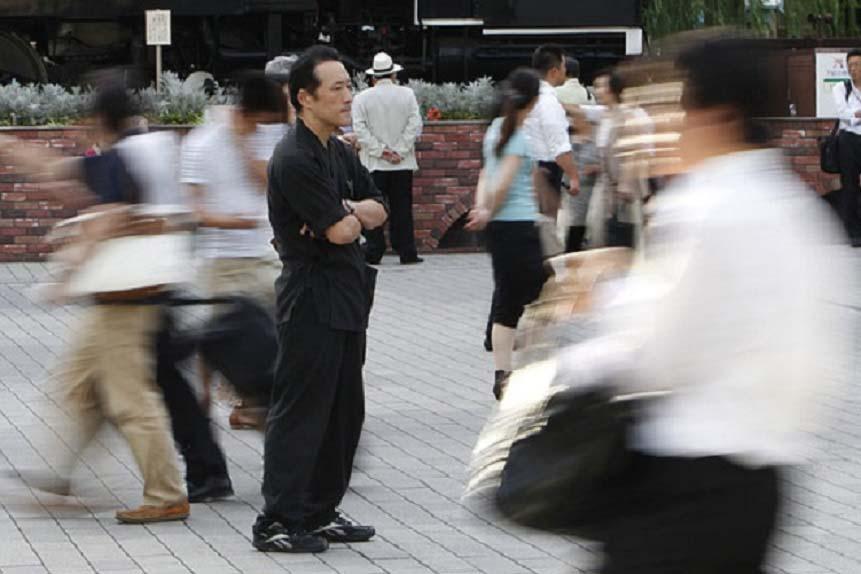 Sốc với dịch vụ làm tiểu tam phá hoại tình cảm với giá 'cắt cổ' ở Nhật Bản - Ảnh 3.