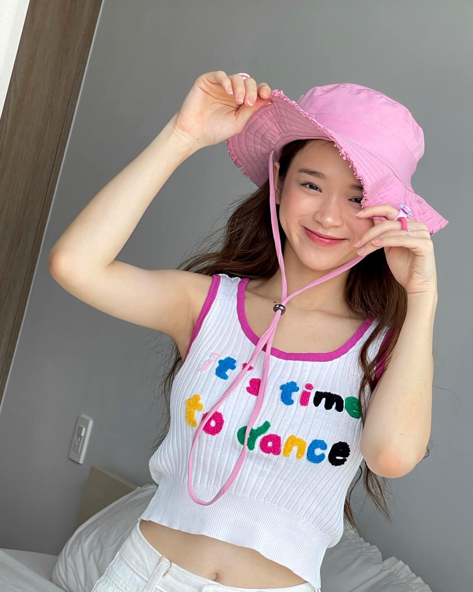 """Ở tuổi 19, hot girl Linh Ka ngày càng gợi cảm """"hút mắt"""" người hâm mộ - Ảnh 6."""