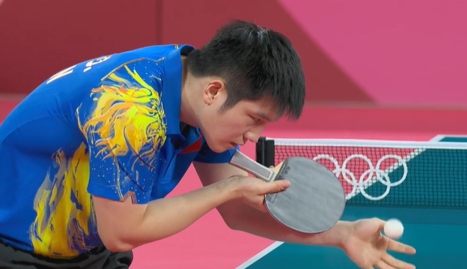 Olympic Tokyo 2020: Hạ Fan Zhendong, Ma Long giành HCV bóng bàn đơn nam - Ảnh 2.