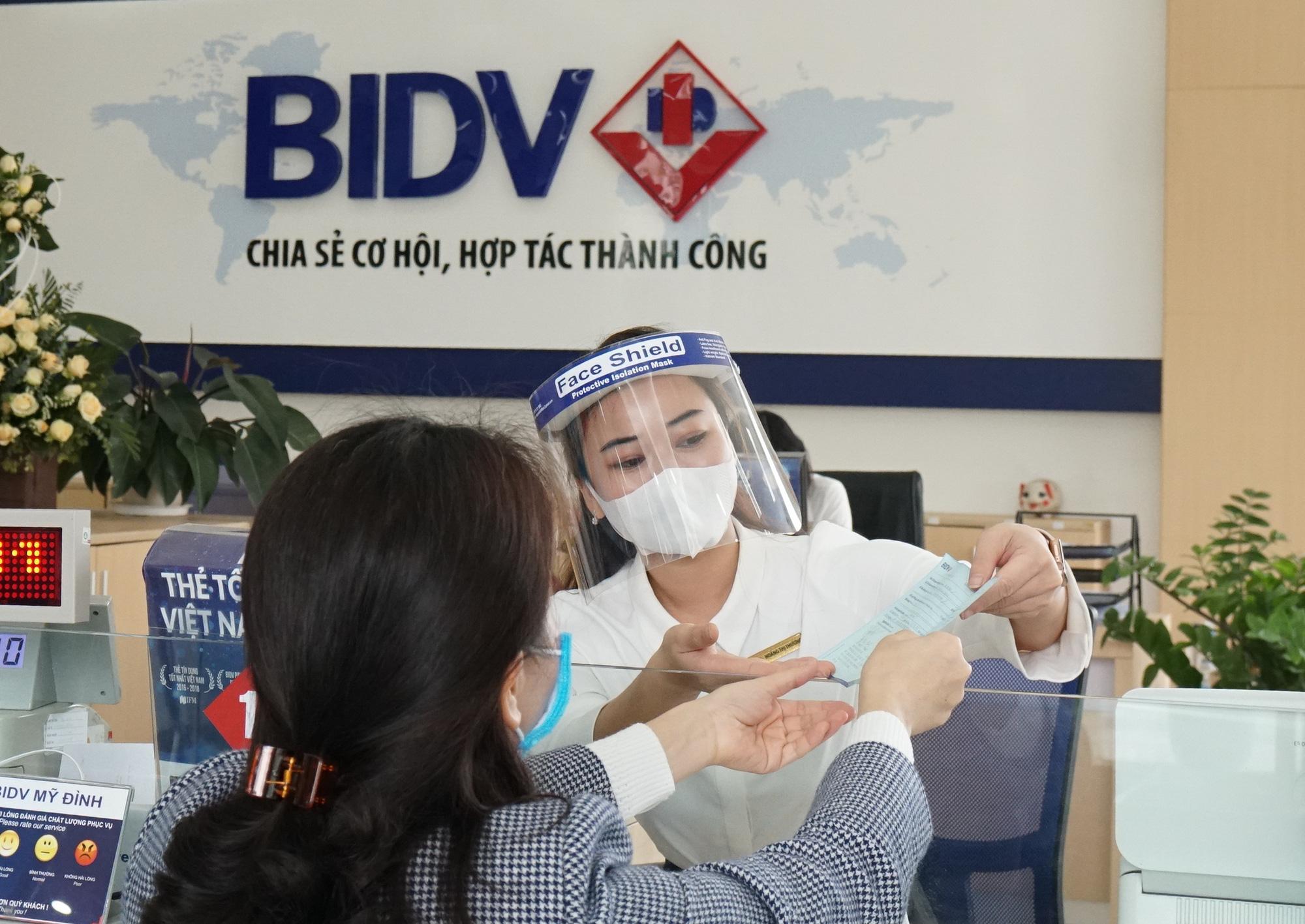 Lợi nhuận tăng 86%, BIDV báo lãi kỷ lục 8.122 tỷ đồng nửa đầu năm - Ảnh 2.