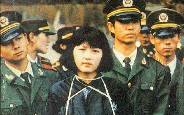 Nữ tử tù xinh đẹp nhất Trung Quốc và khẩn cầu kỳ lạ trước khi chết ở tuổi 20